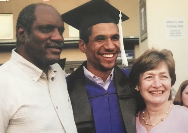 Alex-Lofton-and-family-at-graduation-from-Northwestern-University